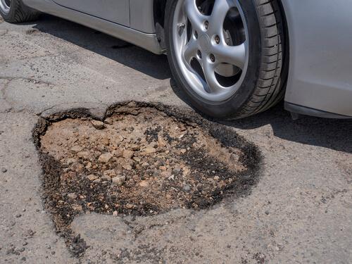Pothole, Seasonal Damage & Vehicle Repair